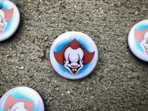 Rubber hose style pennywise the clown pinback button